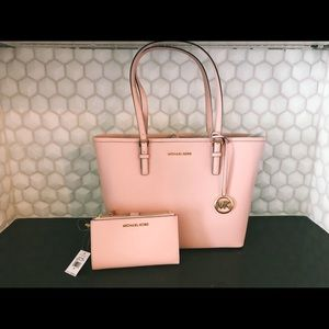 Micheal Kors Blush Jet Set Travel Tote and Wallet